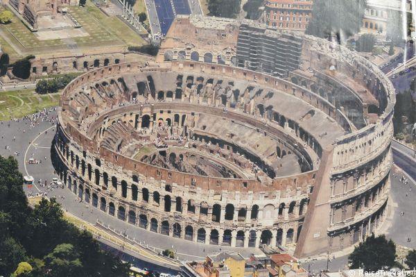 Blick auf Rom Kolosseum by ReiseTravel.eu