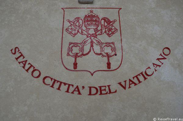 Wappen Vatikanstadt Vatikanstaat Heiliger Stuhl by ReiseTravel.eu