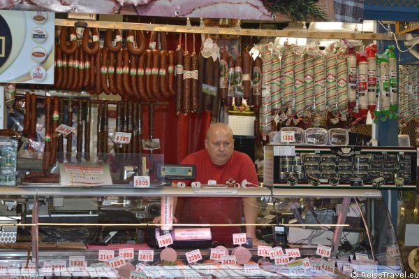 Budapest Markthalle Verkauf von Paprika,